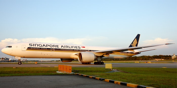Singapore airlines jet on a tarmac