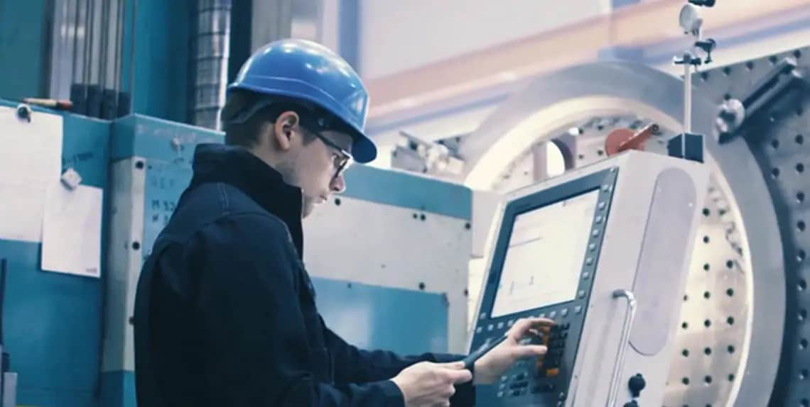See how Industry 4.0 solutions can help you achieve the most uptime