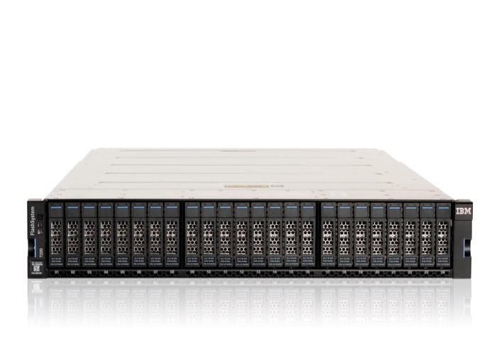 IBM Storwize V5000 hybrid flash storage array