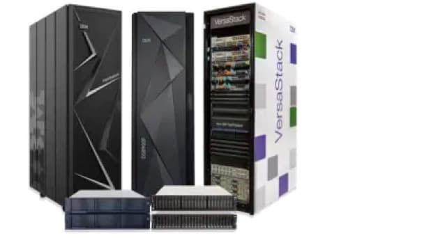 Foto de grupo de la familia de productos IBM Flash Storage