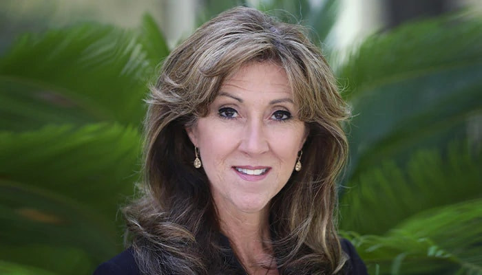 portrait of Captain Tammie Jo Shults