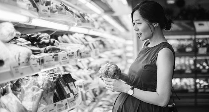 Pregnant woman in the supermarket